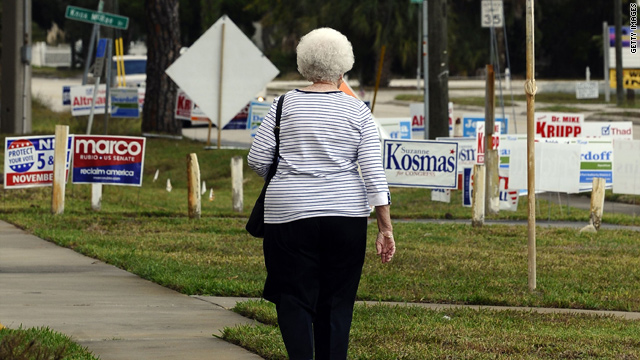 A voter walks to a polling station in Titusville, Florida, on November 2.