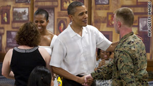 President Obama, who is on vacation in Hawaii, made an unannounced visit to a military base on Saturday afternoon.
