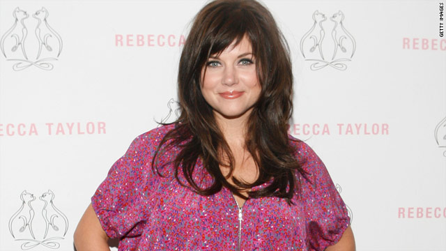 "Kelly Kapowski (Tiffani Thiessen) is leading the comeback class of 2010 with a role on ""White Collar."""
