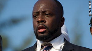 Questions about residency requirements may derail Wyclef Jean's presidential aspirations in Haiti.