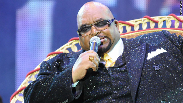 R&B crooner Solomon Burke was inducted in the Rock and Roll Hall of Fame in 2001.