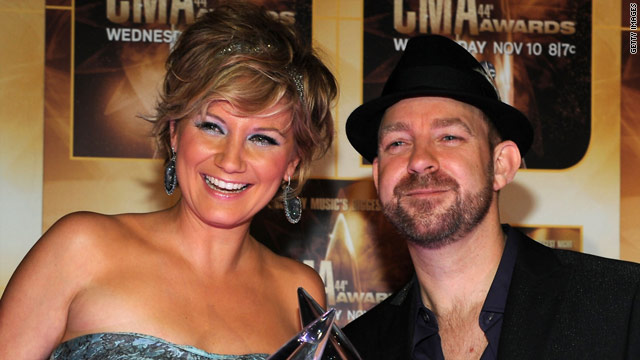 Sugarland settled a lawsuit with a co-founder who claimed she was owed a share of the group's profits.