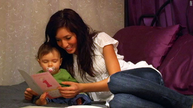 &quot;Teen Mom&quot; Farrah Abraham reads Sophia's birthday card to her during the hit show's second season.