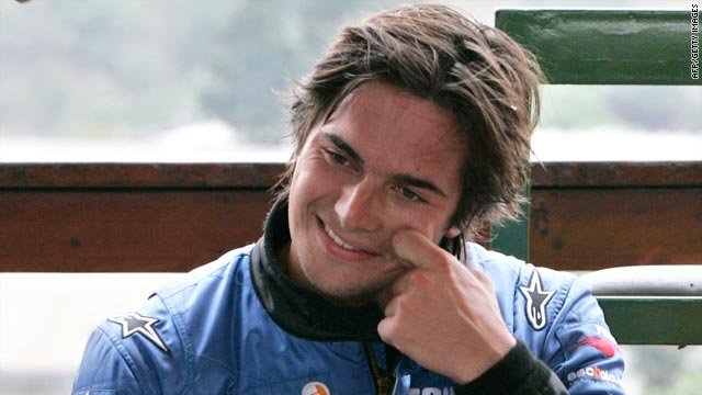 Nelson Piquet Junior is hoping for a more positive 2010 when he moves to the United States.