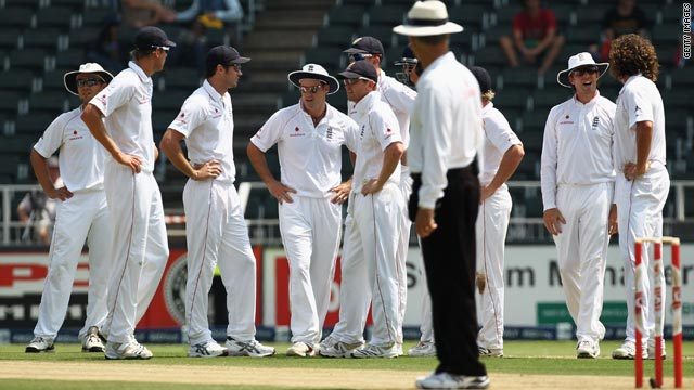 England's players stand hands on hips after umpire Tony Hill rules Graeme Smith to be not out after a video referral.