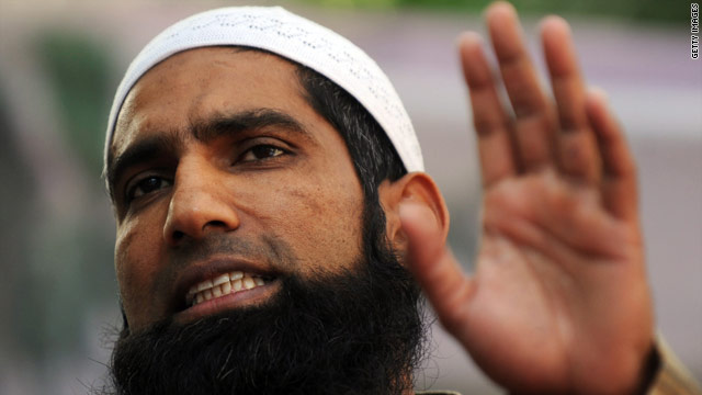 Mohammad Yousuf at the press conference where he announced his retirement from international cricket.
