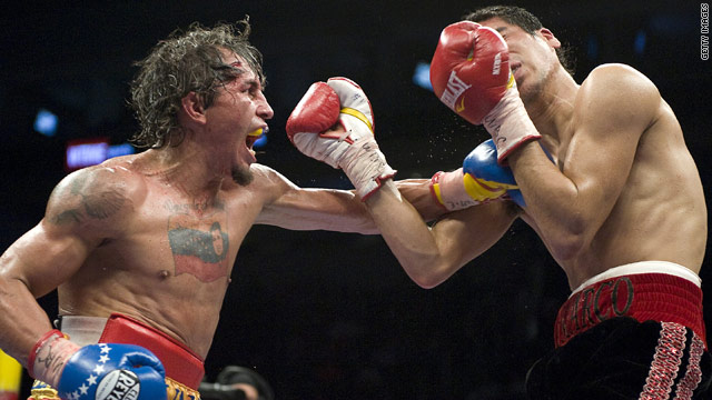 Edwin Valero on his way to a knock out victory over Mexican Antonio DeMarco in February this year.