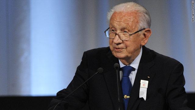 Former IOC president Juan Antonio Samaranch died aged 89.