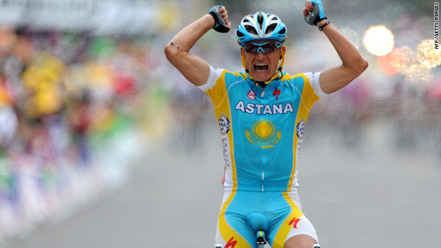 Vinokourov finishes alone to secure victory on stage 13 of the Tour de France on Saturday.