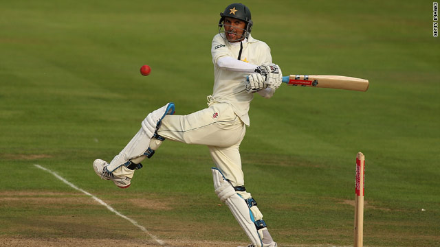 Zulqarnain Haider scored a superb 88 on his Test debut to give Pakistan some slender victory hopes at Edgbaston.