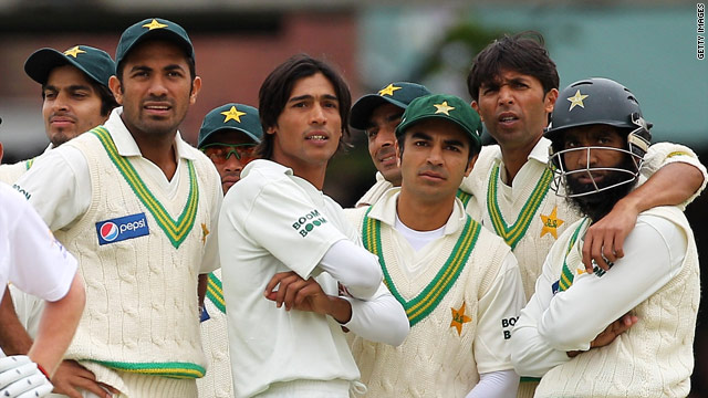 Pakistani cricketers have had their actions in a recent Test series with England put under scrutiny after claims of match-fixing.