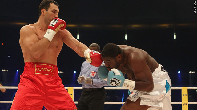 Wladimir Klitschko plummels Samuel Peters in a one-sided fight in Frankfurt to successfully defend his WBO and IBF titles.