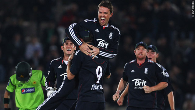 Graeme Swann was the hero for England as he took three wickets against Pakistan.