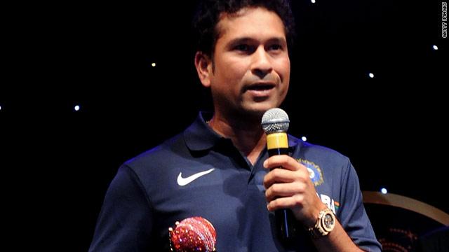 Sachin Tendulkar addresses the crowd in Bangalore after winning the International Cricket Council's top award.