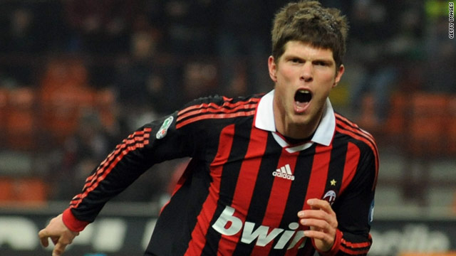 Klass-Jan Huntelaar scored twice as AC Milan beat Udinese 3-2 to move up to second place in the Serie A table.