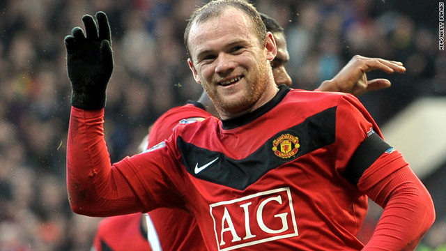 Another two goals from Wayne Rooney ensured Manchester United closed the gap at the top of the Premier League table to just a point.