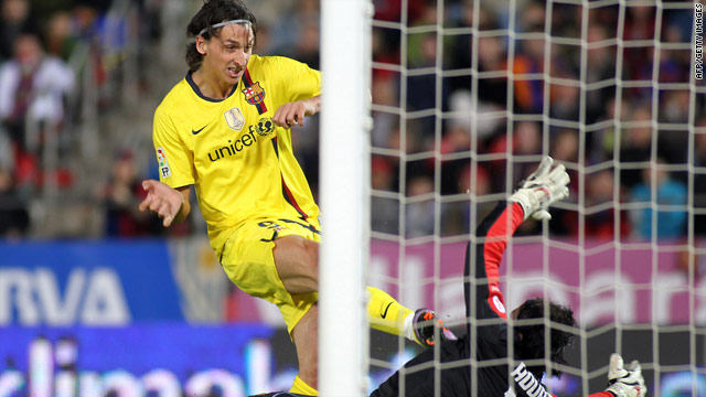 Zlatan Ibrahimovic scored his 15th Barcelona goal this season with the winner at fourth-placed Mallorca.
