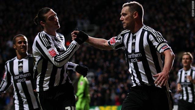 Newcastle captain Kevin Nolan, right, celebrates after scoring the winner against Sheffield United on Monday night.