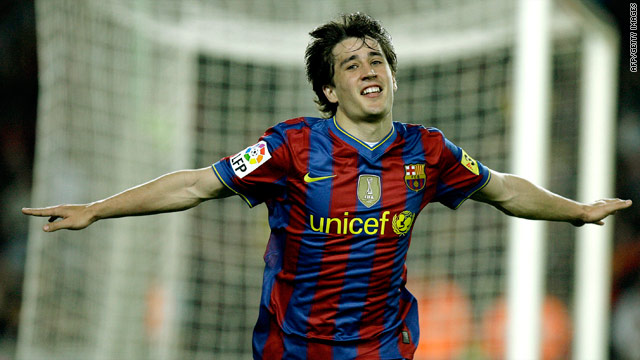 Bojan put Barcelona on their way with the opening goal in the 3-0 win over Deportivo La Coruna.