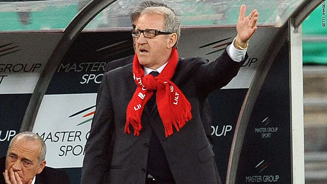 Luigi Del Neri has signed a two-year contract as Juventus coach after steering Sampdoria to fourth place in Serie A.