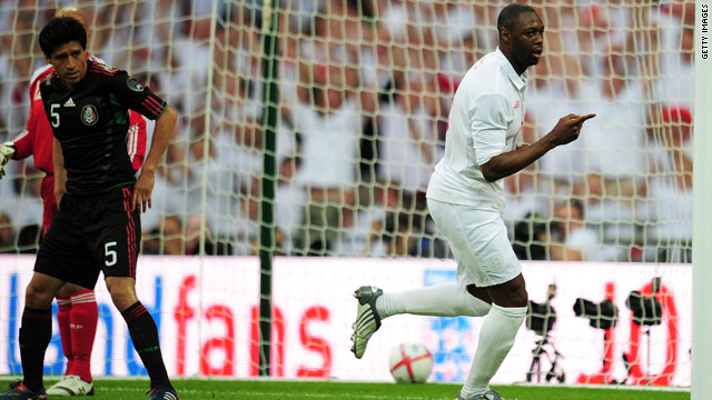 Ledley King celebrated his return to the England side by scoring the opening goal in the 3-1 victory over Mexico.