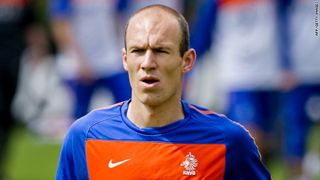 The Netherlands hope that star forward Arjen Robben's hamstring injury is not serious.