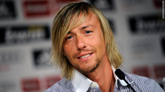 Guti held an emotional press conference on Sunday to announce the end of his time at Real Madrid.