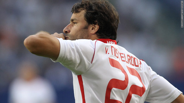 Veteran Dutch striker Ruud van Nistelrooy celebrates after scoring for Hamburg against Schalke on Saturday night.