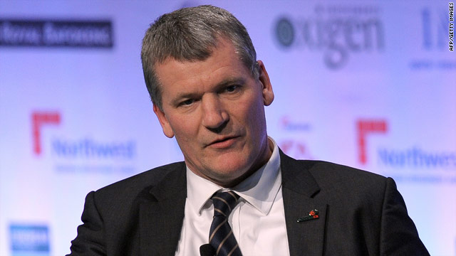 Manchester United chief executive David Gill is unworried by the three-time European champions' record deficit.