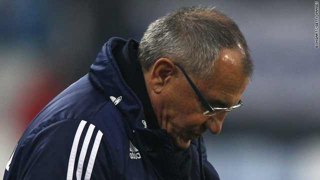 Felix Magath's position as Schalke coach is becoming increasingly uncertain after the club's latest defeat.