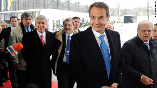 Members of Spain's bid team, including prime minister Jose Luis Rodriguez Zapatero, arrive at FIFA's Zurich headquarters.