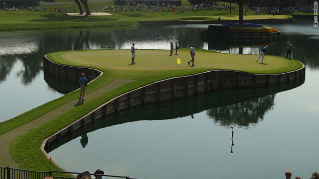 The notorious island hole, 17th at Sawgrass