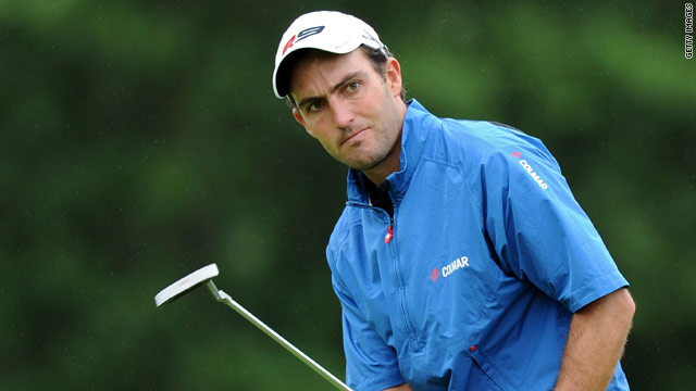 Edoardo Molinari produced a stunning round of 63 in the third round of the Scottish Open at Loch Lomond.