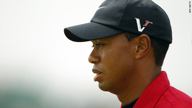 Tiger Woods was donned in his favorite red but could make no impression in the final round.
