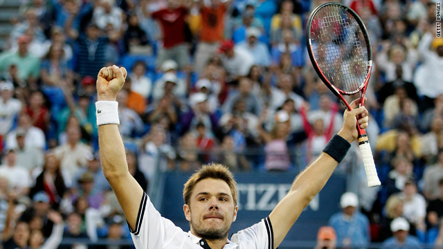 Stanislas Wawrinka of Switzerland celebrates match point against Andy Murray of Great Britain on Sunday.