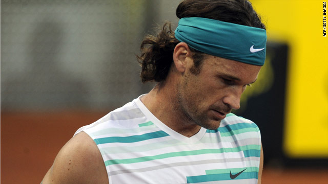Mallorca-born Carlos Moya will play a farewell tournament in Seville next month, having called time on his professional career.