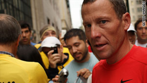 Cycling great Lance Armstrong is among the celebrities encouraging aid for Haiti on Twitter.