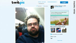 Kevin Smith posted this picture of himself puffing out his cheeks on a Southwest Airlines flight.