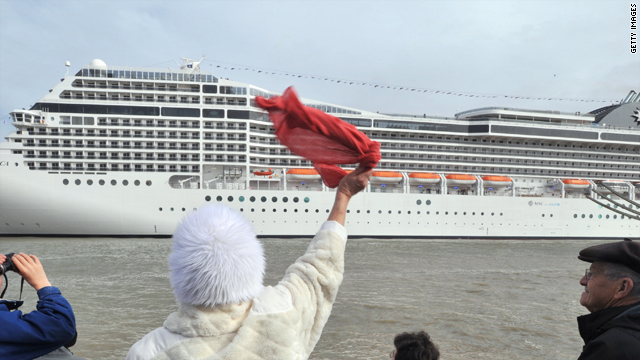 How Safe Is Your Cruise Ship CNNcom - Cruise ship hits rough seas