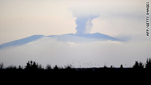 The whiteness of the current volcanic plume suggests it contains mainly steam and little ash, meteorologists said.