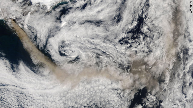 A NASA satellite picture on Thursday shows Icelandic Eyjafjallajokull volcano continuing to emit a dense plume of ash and steam.