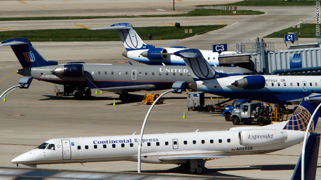 Airlines add fees for peak summer days