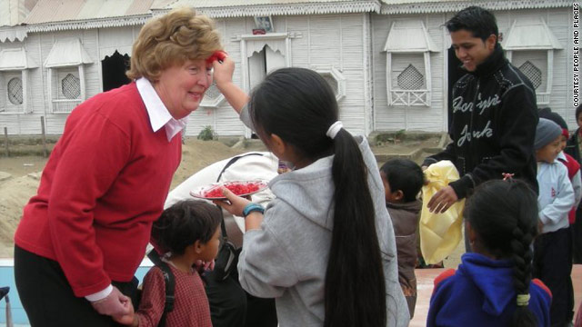 t1larg.voluntourism.people.and.places.jpg