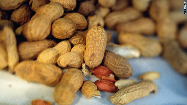 Should peanuts be banned from planes?