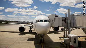 Four global groups including the U.S. Department of Transportation will share data to improve aviation safety.
