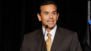 Mayor Antonio Villaraigosa says Los Angeles must act now to solve its budget crisis.