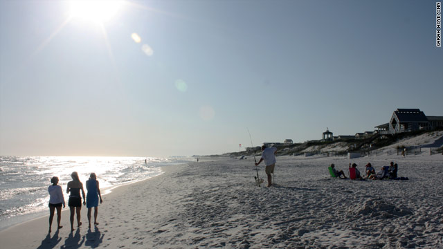 A Gulf of Mexico oil spill could put businesses at risk along Florida's famous white-sand beaches.
