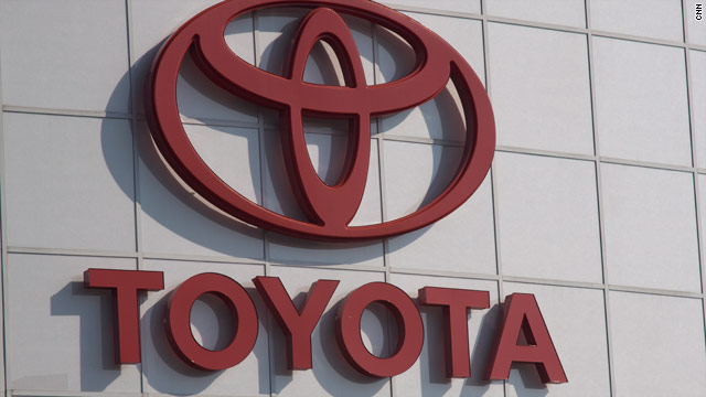A settlement has been reached with Toyota and two families after a 2009 fatal crash in California.