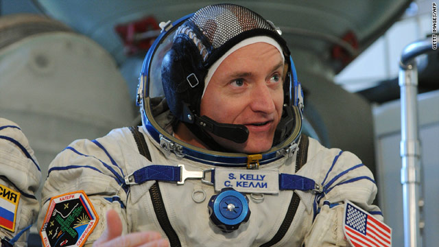 U.S. astronaut Scott Kelly, who's now aboard the international space station, will be joined by his twin brother Mark Kelly in 2011.
