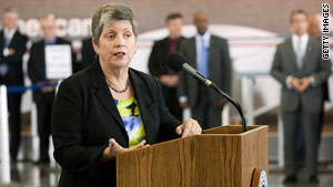 Homeland Security Secretary Janet Napolitano visited JFK Aiport in New York on October 22 for an inspection.